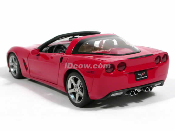 2005 Chevrolet Corvette diecast model car 1:18 scale C6 by AUTOart - Red 71226