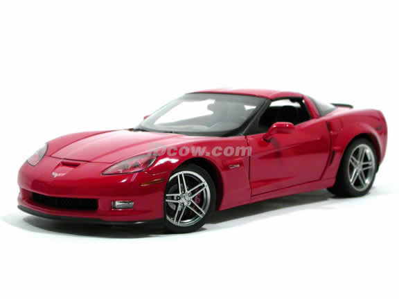 2005 Chevrolet Corvette Z06 diecast model car 1:18 scale die cast by AUTOart - Limited Edition Red 71231