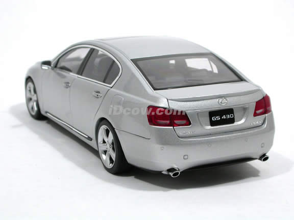 2006 Lexus GS430 diecast model car 1:18 scale die cast by AUTOart - Silver 78801