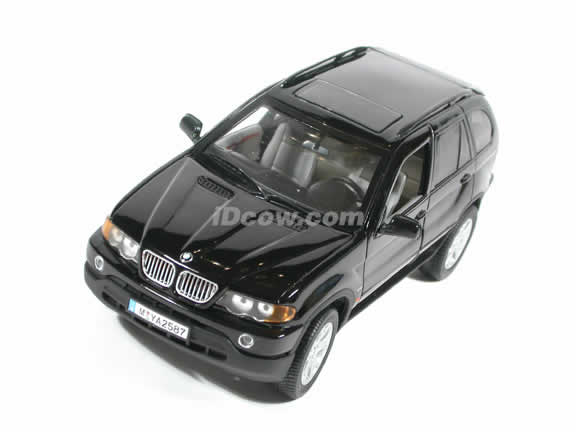 2002 BMW X5 4.4i diecast model car 1:18 die cast by Anson - Black