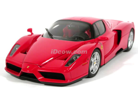 2002 Ferrari Enzo diecast model car 1:18 scale die cast by BBR Models - Red