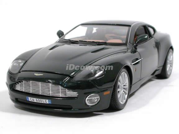 2002 Aston Martin Vanquish diecast model car 1:18 scale V12 by Bburago - Metallic Green 12053