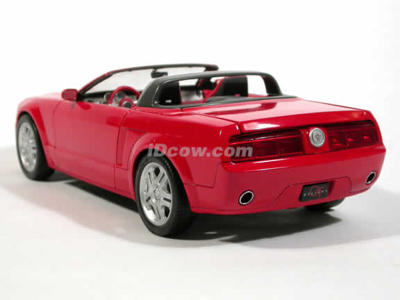 2005 Ford Mustang GT Convertible Concept diecast model car 1:18 die cast by Beanstalk Group - Red