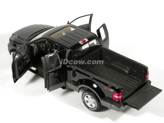 2004 Ford F-150 FX4 Pick Up Truck model diecast truck 1:18 die cast by Beanstalk Group - Black