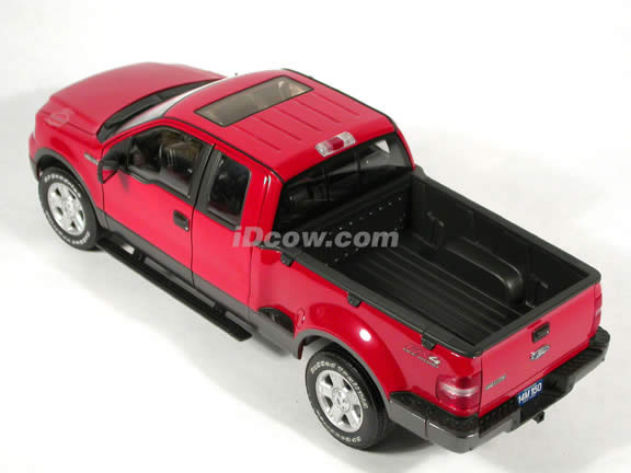 2004 Ford F-150 FX4 Pick Up Truck model diecast truck 1:18 die cast by Beanstalk Group - Red