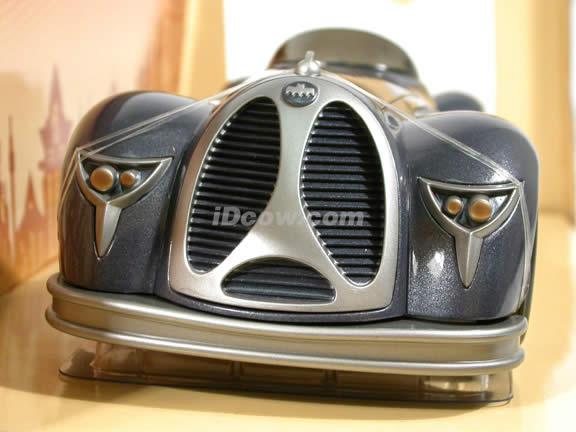 1940 DC Comics Batmobile diecast model car 1:18 scale die cast by Corgi