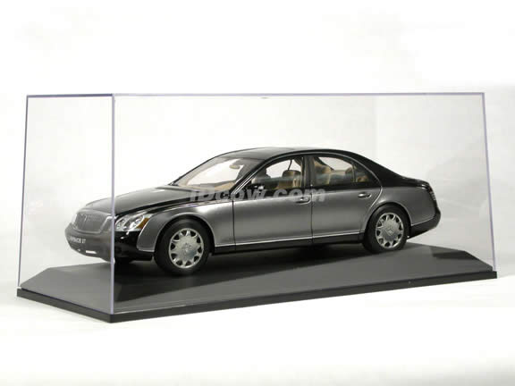 AUTOart 1:18 Scale Acrylic Display Case for Diecast Models