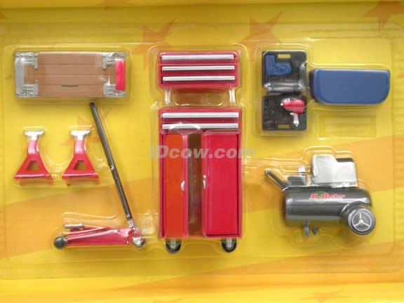Home Mechanic Accessory Set for 1:18 scale diecast model cars - 32173