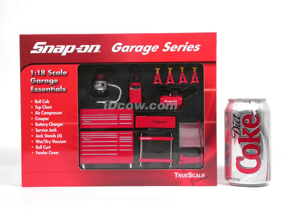 Snap On Garage Series diecast accessory set 1:18 scale by TrueScale Miniatures - 07001