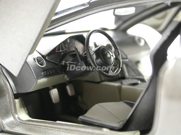 2008 Lamborghini Reventon diecast model car 1:18 scale die cast by Mondo Motors - 50040