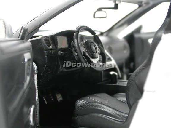 2009 Nissan GT-R diecast model car 1:18 scale die cast by Jada Toys - Silver 92194