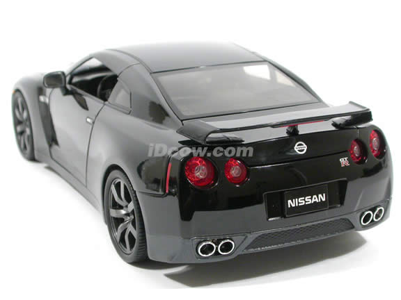 2009 Nissan GT-R diecast model car 1:18 scale die cast by Jada Toys - Black 92194