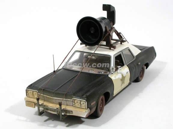 1974 Dodge Monaco diecast model car 1:18 scale