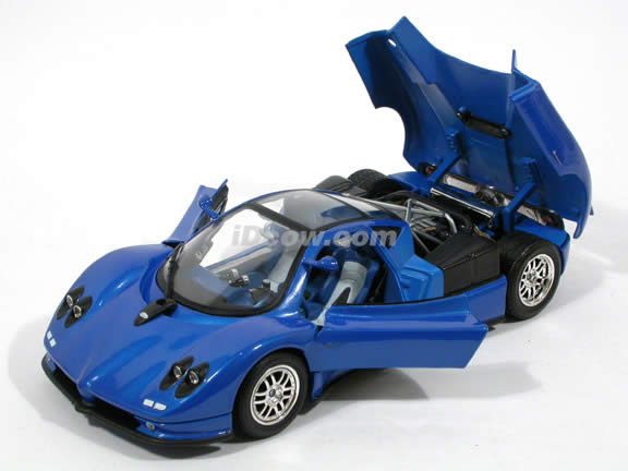 2002 Pagani Zonda C12 diecast model car 1:18 scale die cast by Motor Max - Blue 73147