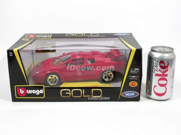 1985 Lamborghini Countach diecast model car 1:18 scale 5000 Quattrovalvole by Bburago - Red 1812027