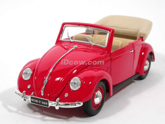 1951 Volkswagen Beetle Bug diecast model car 1:18 scale Cabriolet by Maisto - Red 31826