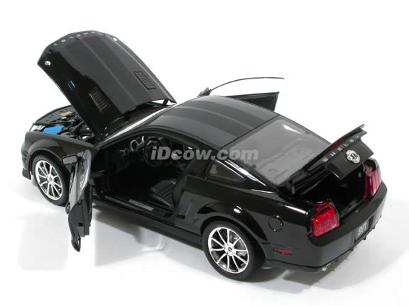 2008 Shelby GT500KR diecast model car 1:18 scale