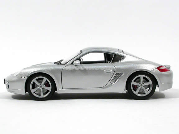 2006 Porsche Cayman diecast model car 1:18 scale die cast by Maisto - Silver