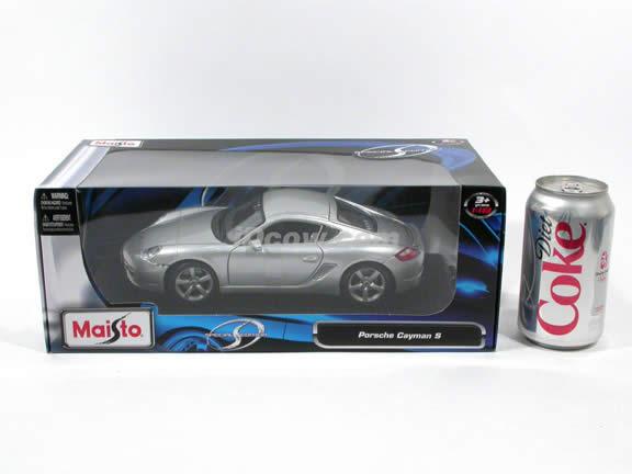2006 Porsche Cayman diecast model car 1:18 scale die cast by Maisto - Silver
