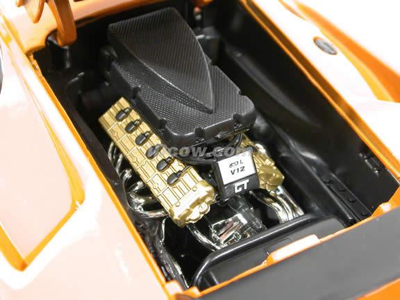 2000 Lamborghini Diablo GT diecast model car 1:18 scale die cast by Motor Max - Orange