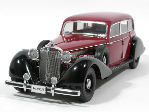 1938 Mercedes Benz 770K diecast model car 1:18 scale die cast by Signature Models - Red