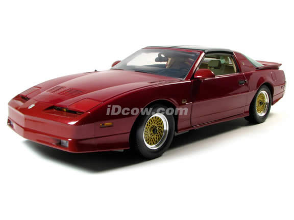 1989 Pontiac Trans Am diecast model car 1:18 scale die cast by GreenLight Collectibles - Maroon