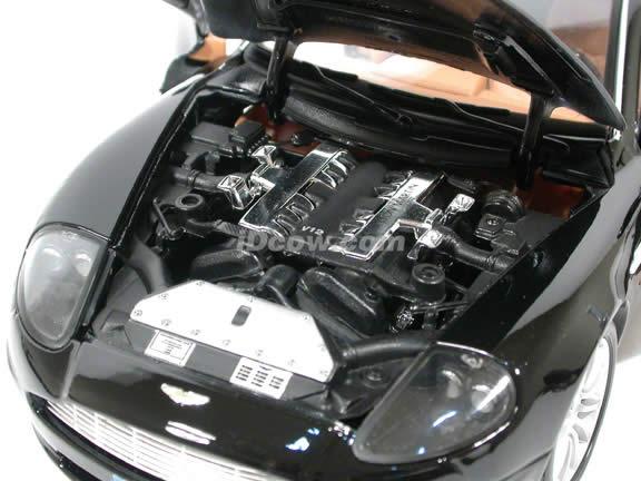 2002 Aston Martin Vanquish diecast model car 1:18 scale V12 by Bburago - Black