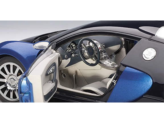 2009 Bugatti Veyron diecast model car 1:18 scale die cast by AUTOart - Black Blue