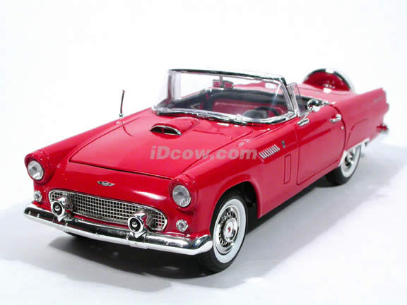 1956 Ford Thunderbird diecast model car 1:18 scale die cast by Motor Max - Red