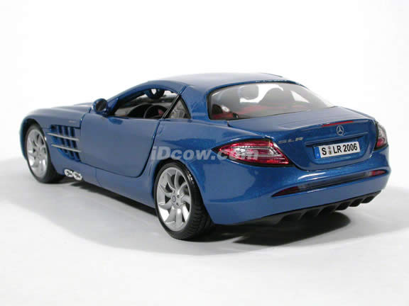 2007 Mercedes Benz McLaren SLR diecast model car 1:18 scale by Maisto - Metallic Blue