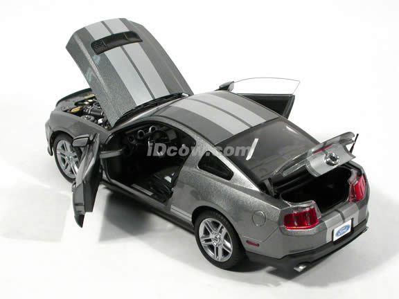 2010 Ford Shelby Mustang GT500 diecast model car 1:18 die cast by Shelby Collectibles - Metallic Grey