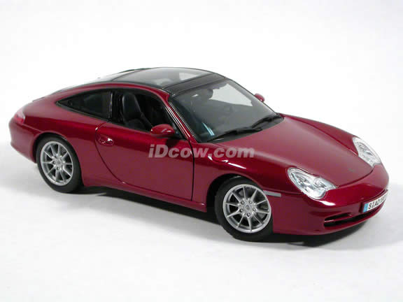 2004 Porsche 911 Targa diecast model car 1:18 scale die cast by Maisto - Dark Red
