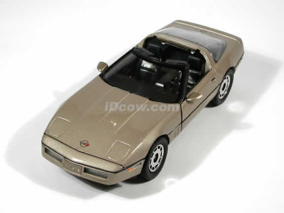 1984 Corvette model die cast car 1:18 diecast by Ertl - Metallic Gold