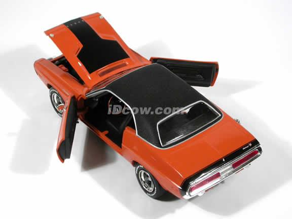 1970 Dodge Challenger diecast model car