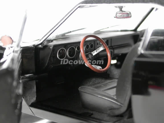 1968 Dodge Charger Bullitt diecast model car Steve McQueen collection 1:18 die cast by Ertl - Black