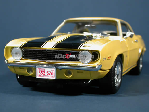 1969 Chevy Camaro Z-28 diecast model car 1:18 scale die cast by Ertl 1 of 2500  - Yellow