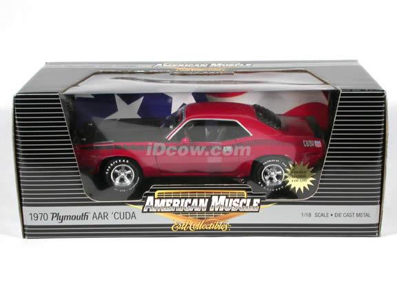 1970 Plymouth CUDA AAR diecast model car 1:18 scale die cast by Ertl 1 of 2500 - Red