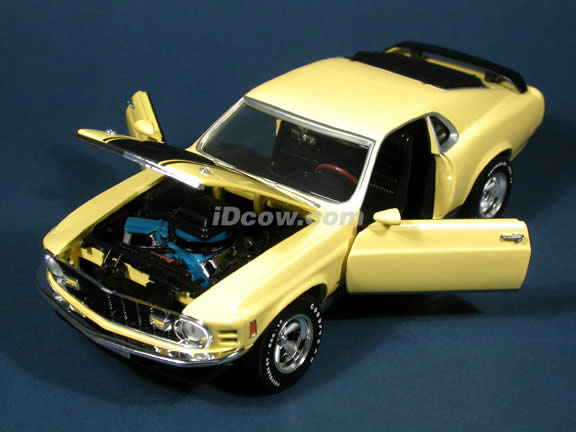 1970 Ford Mustang Mach 1 Yellow diecast model car 1:18 scale die cast by Ertl 1 of 2500 - Yellow