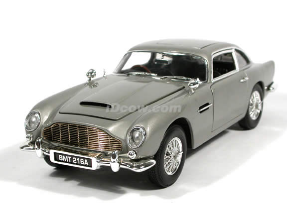Aston Martin DB5 Gallery