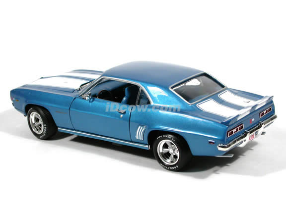 1969 Chevy Camaro Z-28 diecast model car 1:18 scale die cast by Ertl - Metallic Blue