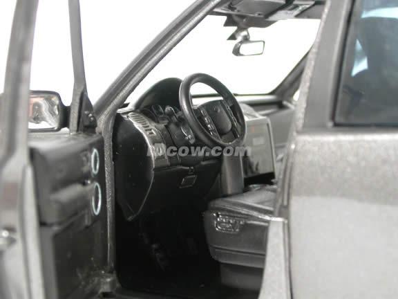 2005 Land Rover LR3 diecast model SUV 1:18 scale die cast by Ertl - Dark Grey