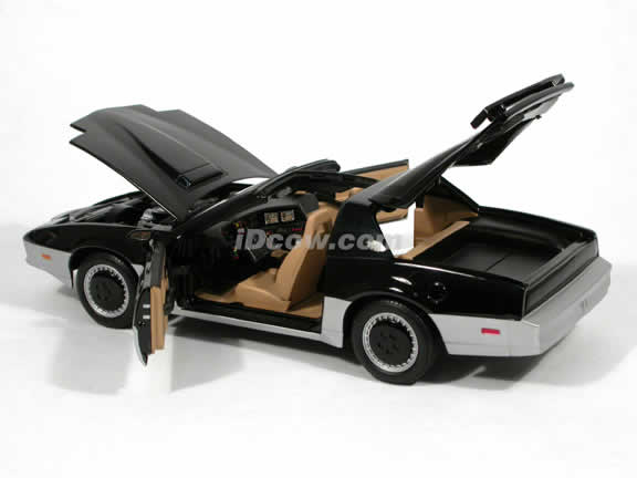 1983 Knight Rider KARR diecast model car 1:18 scale die cast by Ertl
