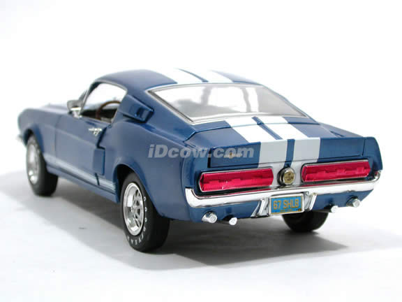 1967 Ford Shelby Mustang GT500 diecast model car 1:18 scale die cast by Ertl - 1 of 2502 Blue 39414