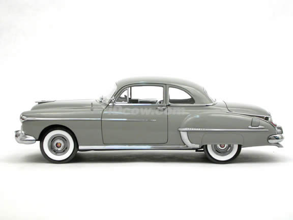 1950 Oldsmobile Rocket 88 diecast model car 1:18 scale die cast by ERTL Authentics - Grey 39402