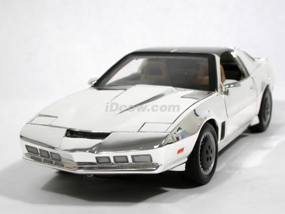1983 knight rider kitt diecast model car 1 18 scale die. Black Bedroom Furniture Sets. Home Design Ideas