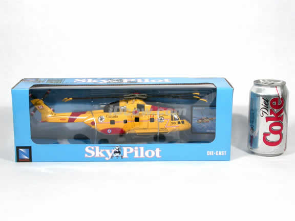 Agusta EH 101 Canada Rescue Helicopter diecast model 1:72 scale die cast from NewRay - Yellow
