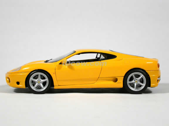 2002 Ferrari 360 Modena diecast model car 1:18 die cast by Hot Wheels - Yellow