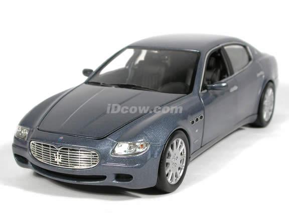 2005 Maserati Quattroporte diecast model car 1:18 scale die cast by Hot Wheels - Blue Silver