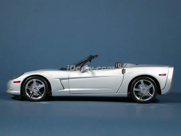 2005 Chevrolet C6 Corvette Convertible diecast model car 1:18 scale die cast by Hot Wheels - Silver