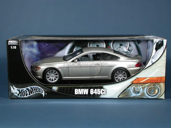 2004 BMW 645Ci diecast model car 1:18 scale die cast by Hot Wheels - Silver